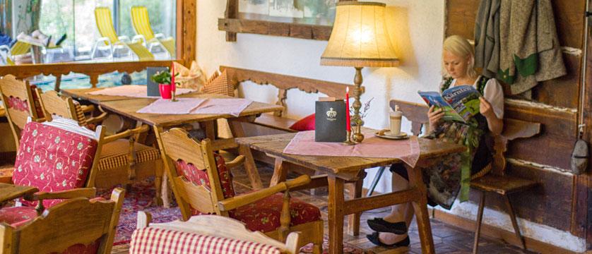 Hotel Trattlerhof, Bad Kleinkirchheim, Austria - dining room.jpg